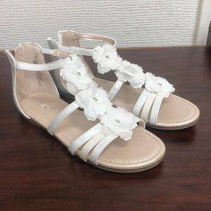 Girls size 2 children's place sandals